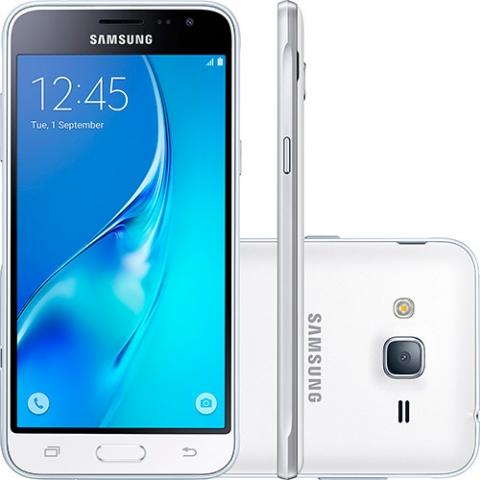 Smartphone Samsung Galaxy J3 Dual Chip Desbloqueado Android 5.1 Tela 5, 8GB, 4G, Wi-Fi, Câmera 8MP - Branco