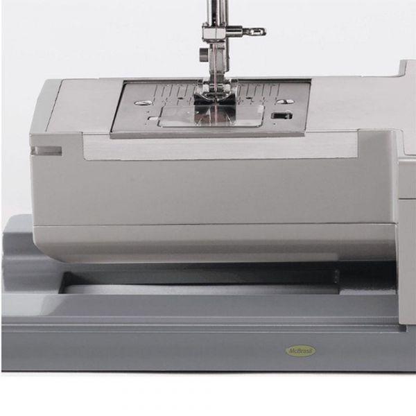 Máquina de Costura Singer Facilita Pro 4423 22 pontos 220v